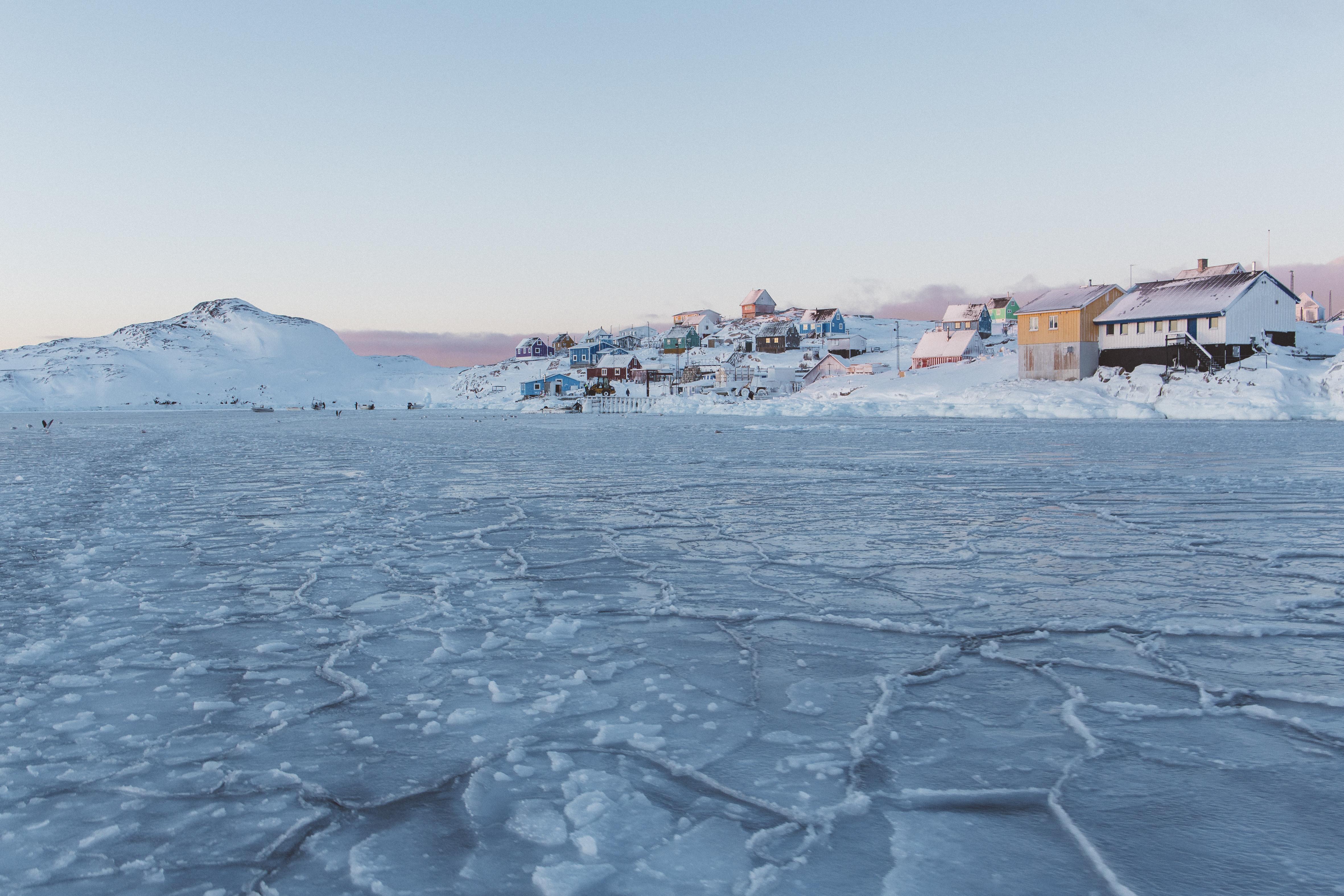 Vue d'Akunnaaq, Akunnaaq view